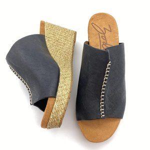 Zodiac Perla wedge sandals size 8.5 black leather